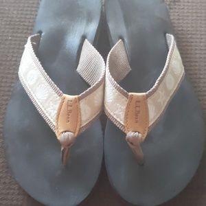 Women's LL Bean flip flop Sandals